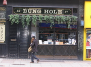 "Davy""s Bung Hole Cellars London"