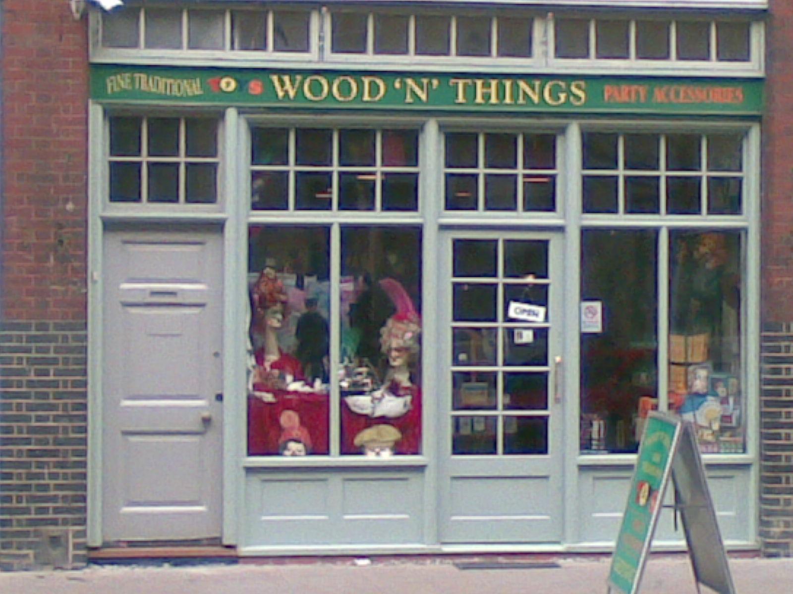 """Wood """"N Things London"""