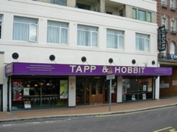 Tapp & Hobbit - CLOSED Bournemouth